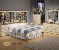 mirrored headboard bedroom set