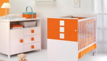 modern-orange-theme-colors-baby-nursery-furniture-by-cambarss