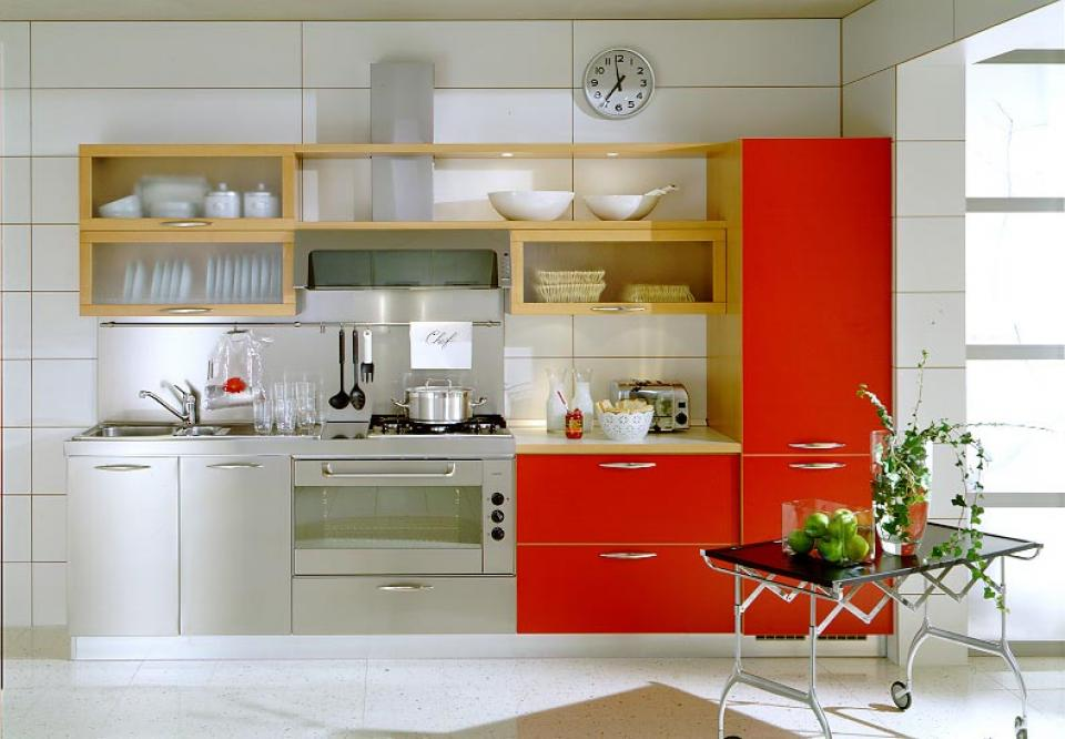 Modern small kitchen cabinet for small space decoration - Cooking in small spaces decoration ...