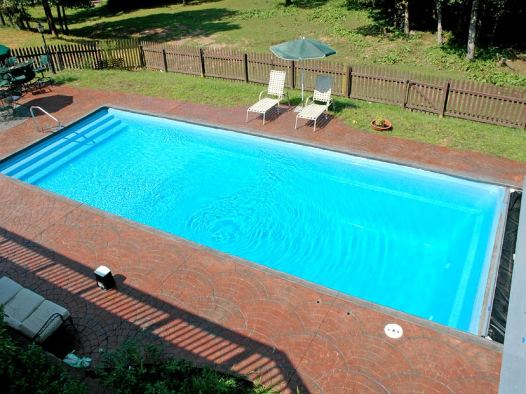 Nice rectangle inground swimming pools home inspiring for Swimming pools for homes