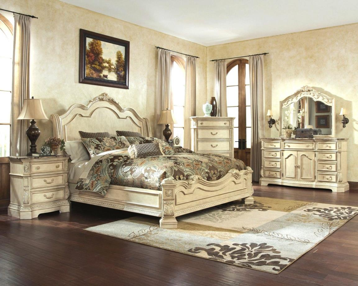 queen-royal-master-bedroom-of-white-broyhill-bedroom-furniture