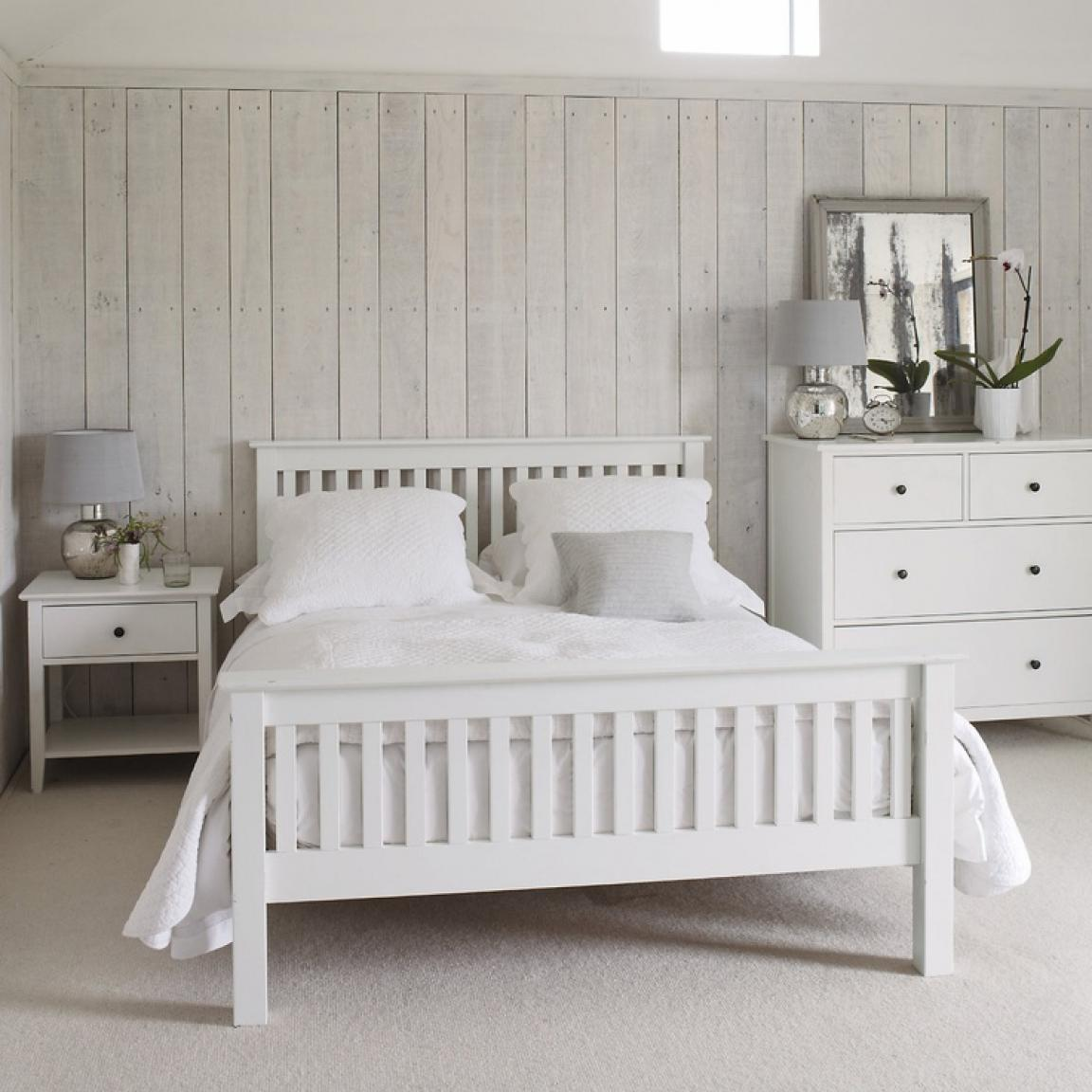 Gloss White Bedroom Furniture Is It Any Good