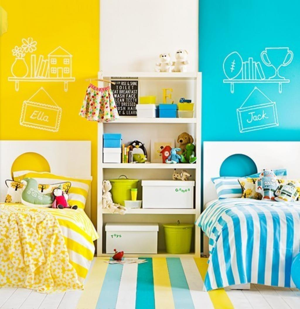 shared-kids-bedroom-blue-and-yellow-theme-colors