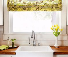 small kitchen window treatment ideas with floral decor