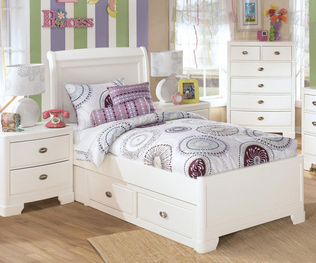 Cute small canopy bed white bedroom furniture for girls home inspiring for Girls bedroom furniture white