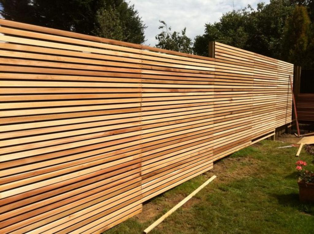 trendy-wood-horizontal-style-for-cheap-fence-panels