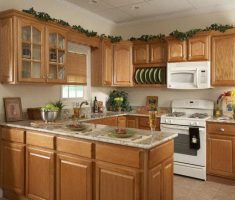 u shaped wooden cabinet kitchen design for small kitchen space