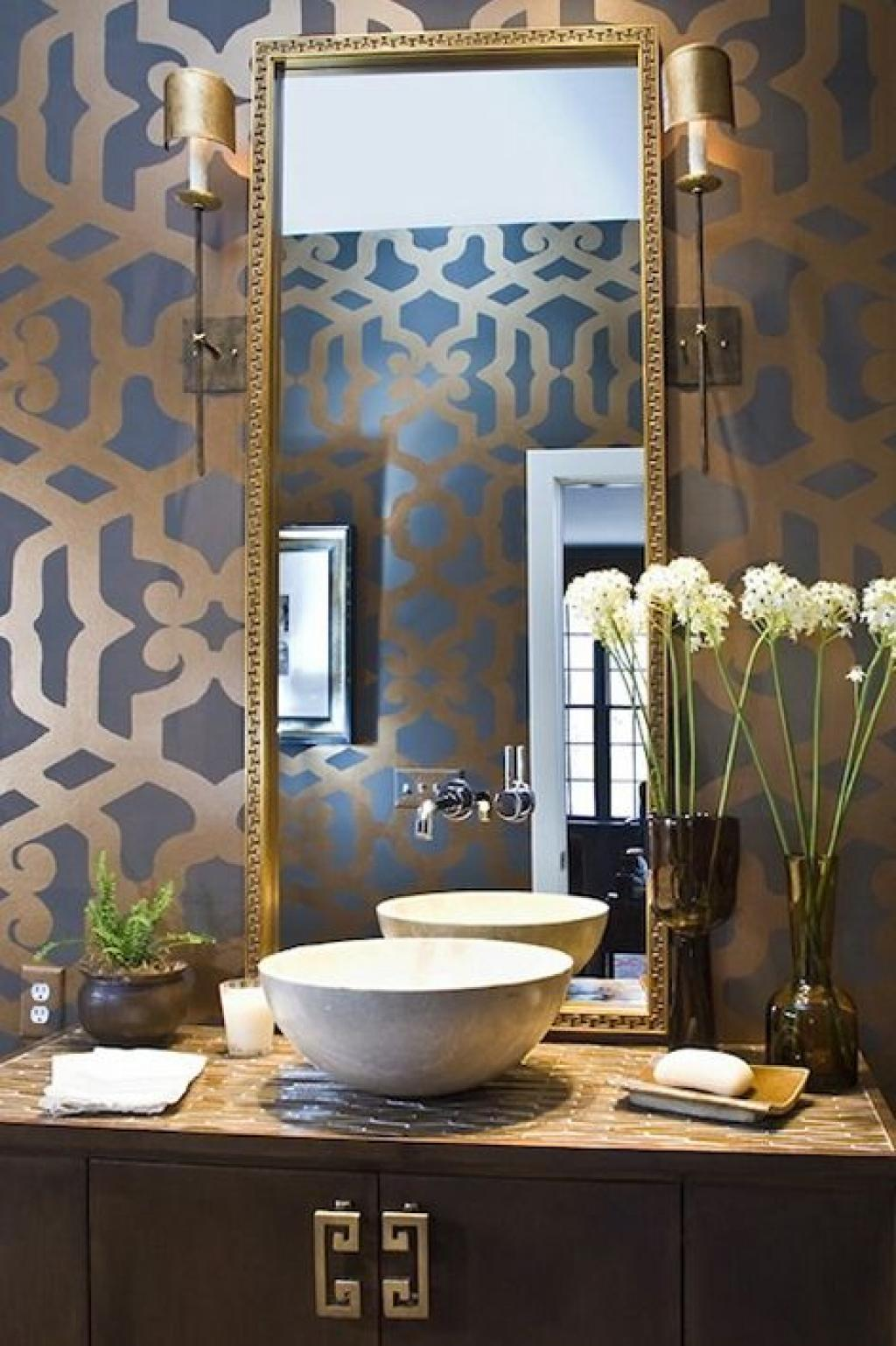 Golden floral geometirc bathroom wallpaper ideas home for Floral bathroom wallpaper