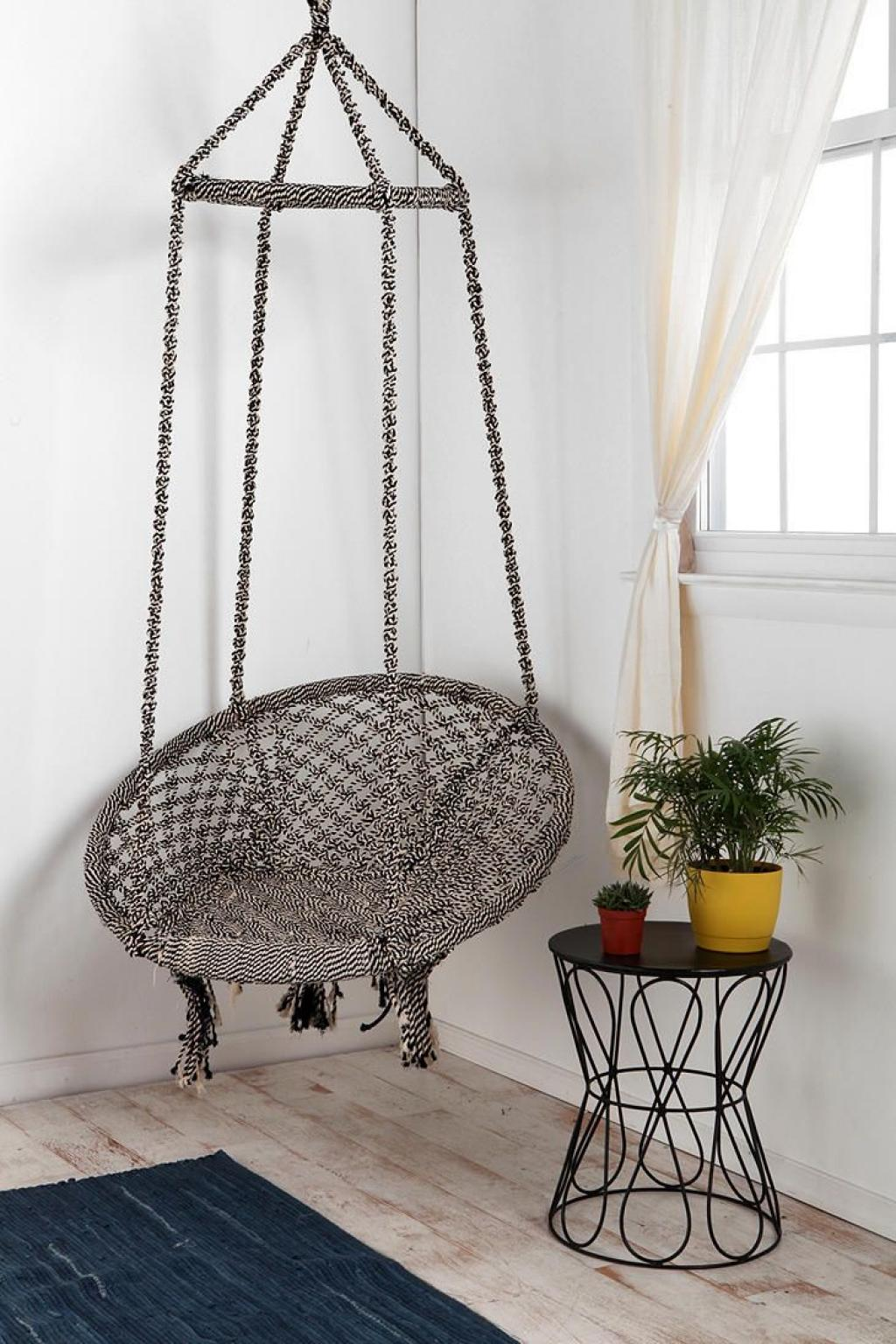 Cool Corner Hanging Reading Chair