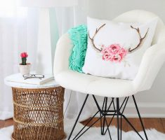Modern White Swan Reading Chair