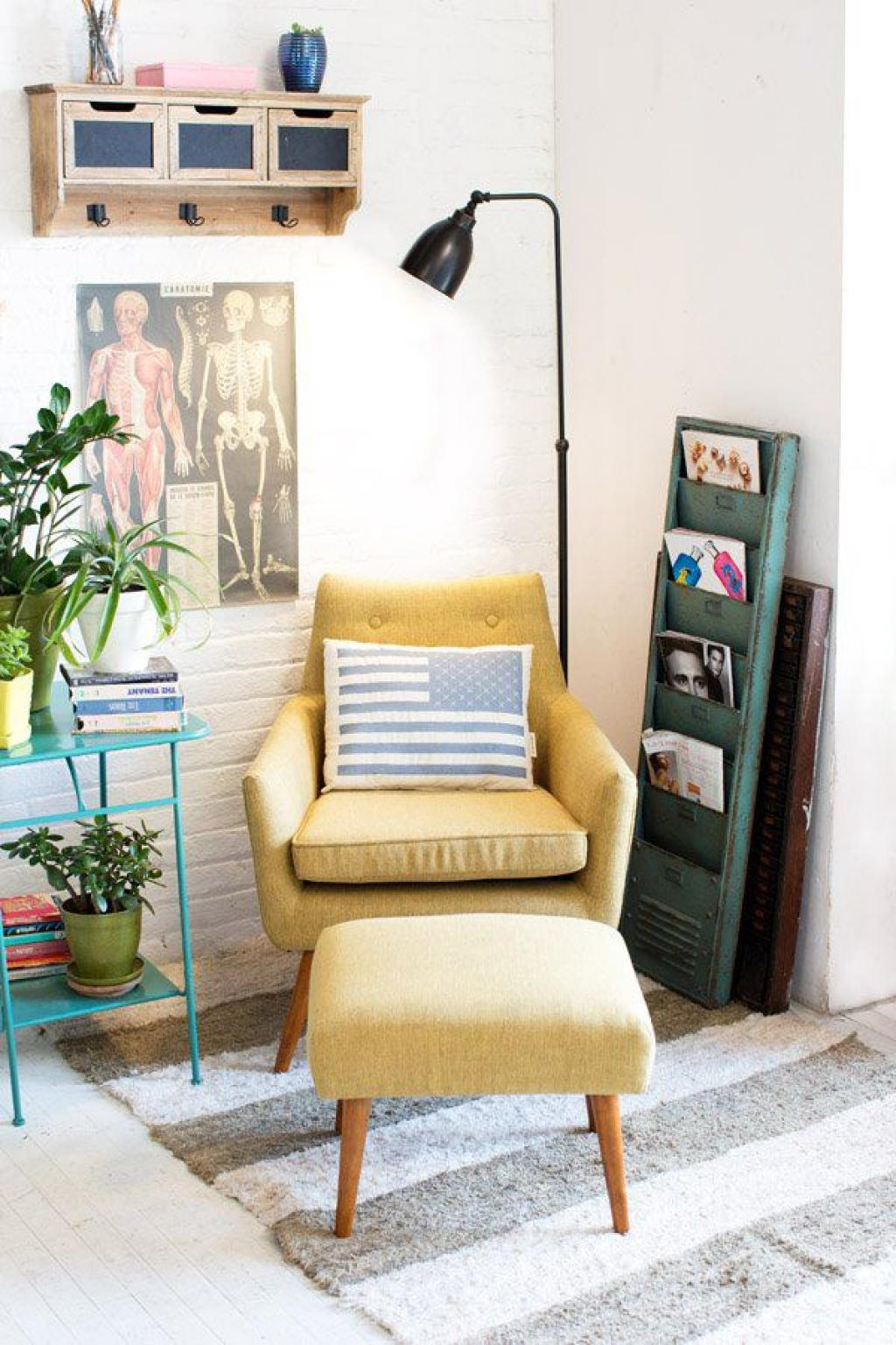 Simple Yellow corner Reading Chair