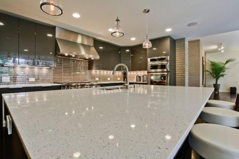 Best quartz countertops kitchen inspirations for Cost of quartz vs granite countertops