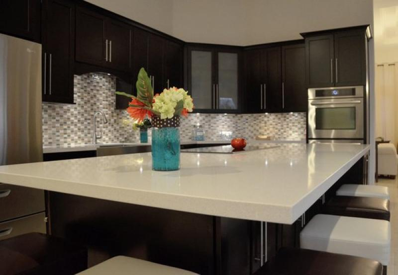 white kitchen cabinets dark countertops best quartz countertops kitchen inspirations 28730