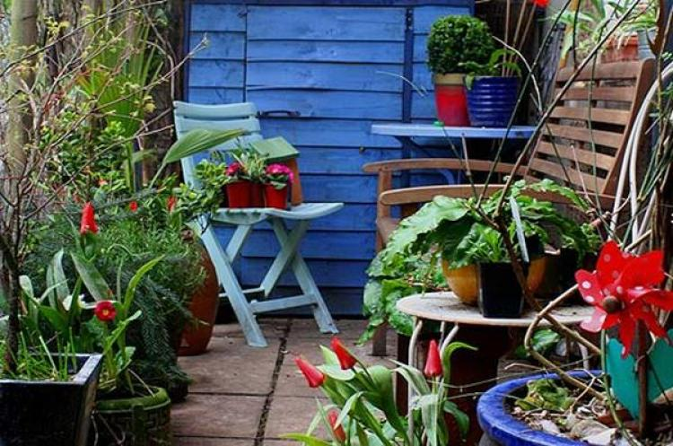 Best Decorating Ideas For Small Patio Design