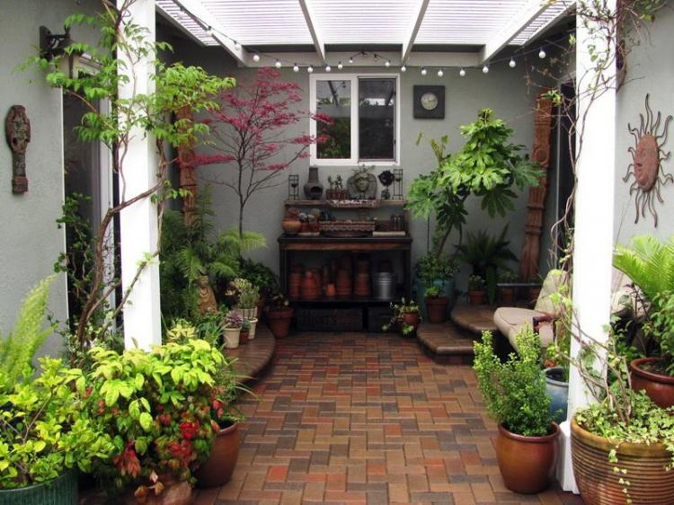 Inspiring Cute Small Patio Design Ideas 10
