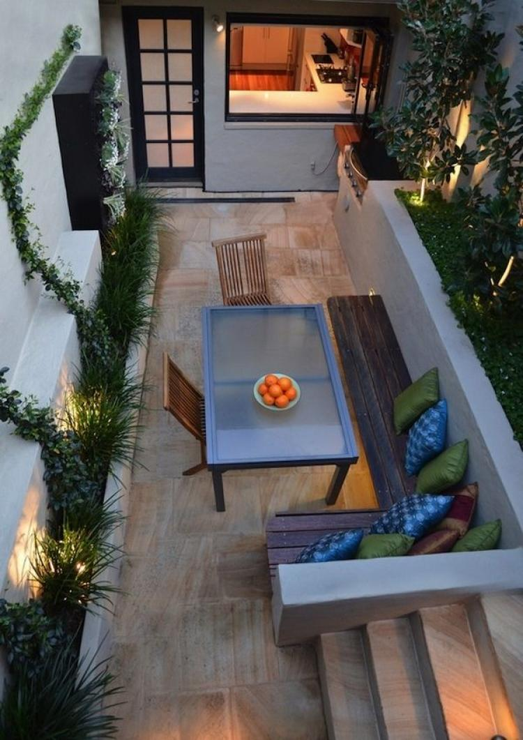 Inspiring Cute Small Patio Design Ideas 15