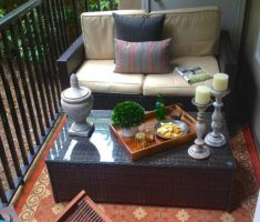 Inspiring Cute Small Patio Design Ideas 17