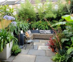 Inspiring Cute Small Patio Design Ideas 6