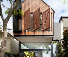 House In Australia Received A Cantilevered Extension 6