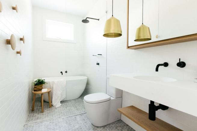 Easy steps creating monochrome scandinavian bathrooms for Monochromatic bathroom designs