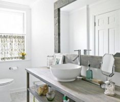 Beautiful White Monochrome Scandinavian Bathrooms 20