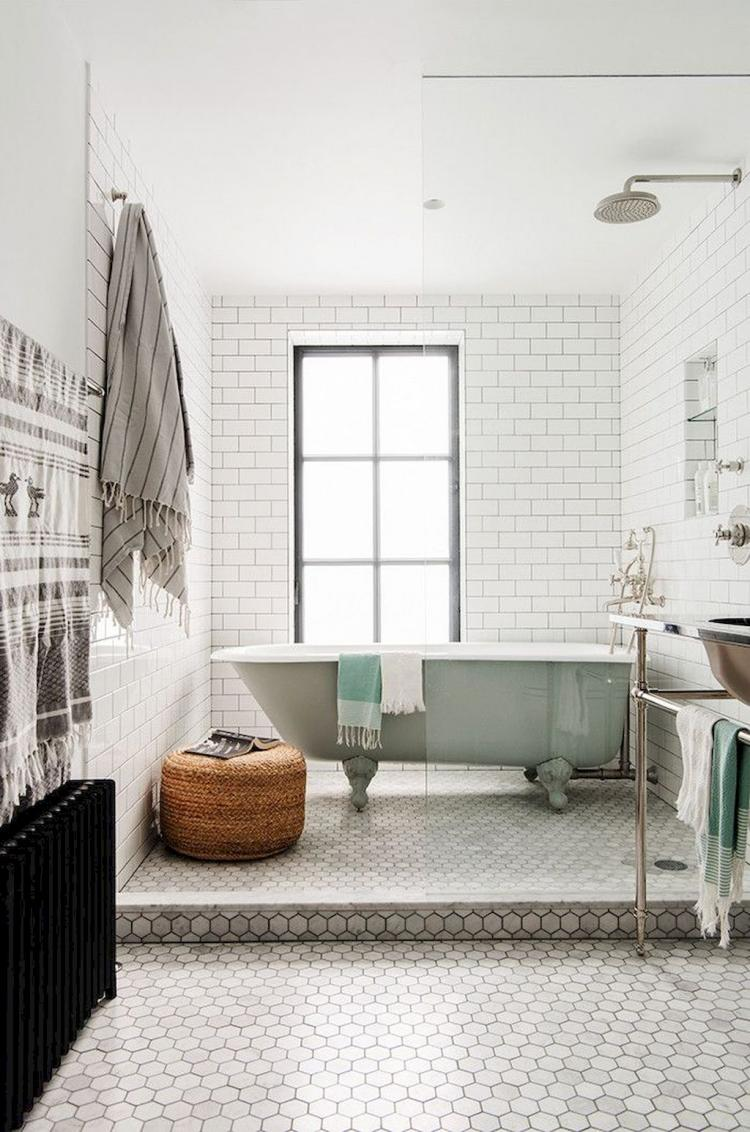 60 awesome small bathroom ideas remodel for apartment for Small flat renovation ideas