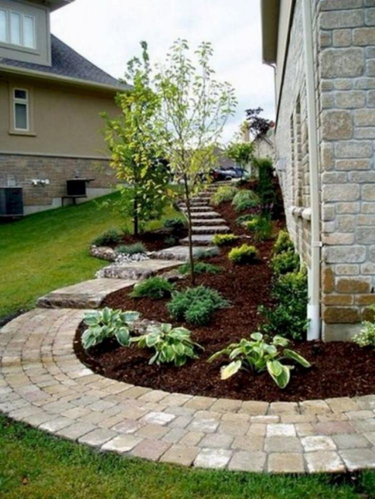 20+ Beautiful Front Yard Landscaping Ideas on A Budget ... on Yard Ideas On A Budget id=82389