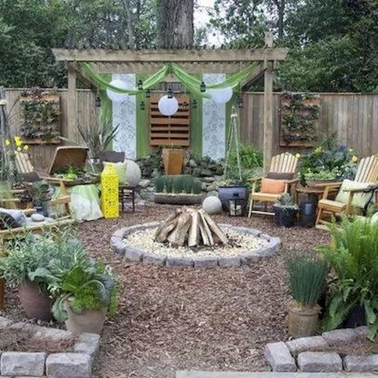 25+ Awesome Eclectic Backyard Ideas