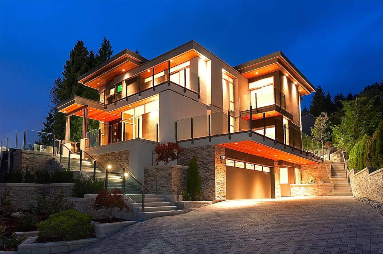 Modern Dream House Design with Stairs Front House