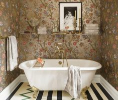 admirable-small-bathroom-decoration-for-small-space