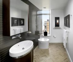 black-and-white-bathroom-decoration-for-small-aprtment