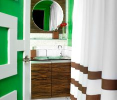 narrow-bathroom-decoration-for-small-space-with-green-and-white-and-curtain