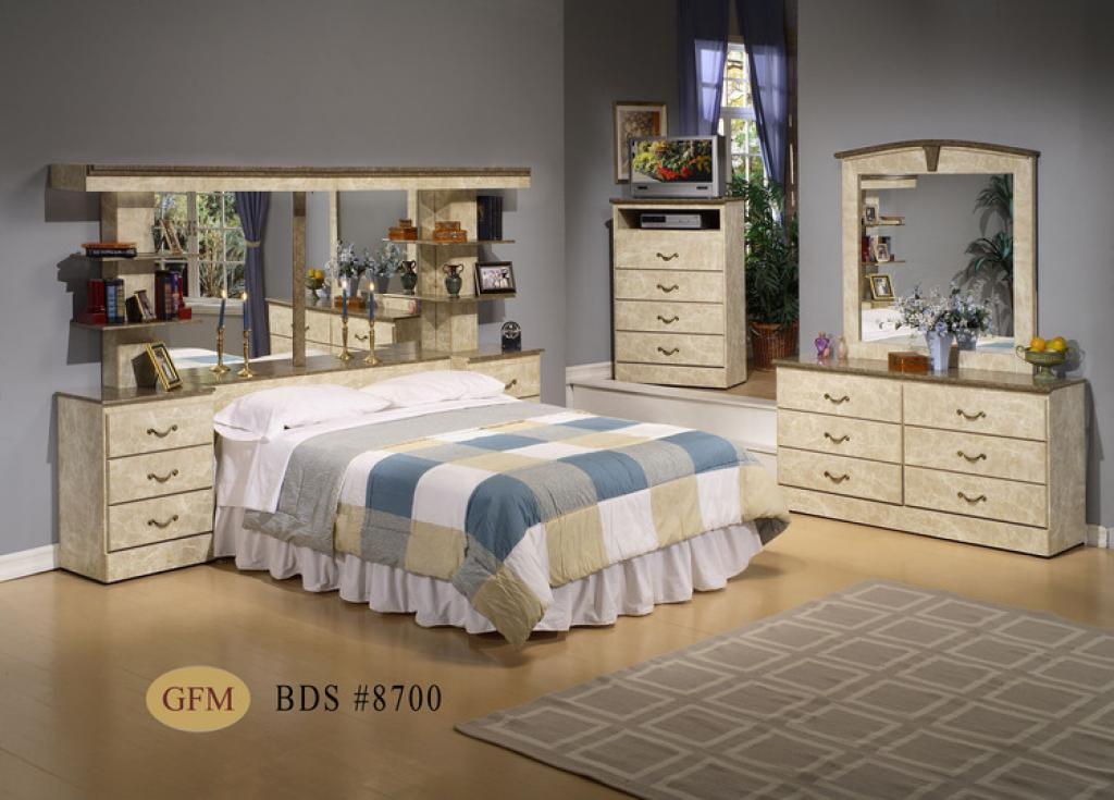 mirrored-headboard-bedroom-set