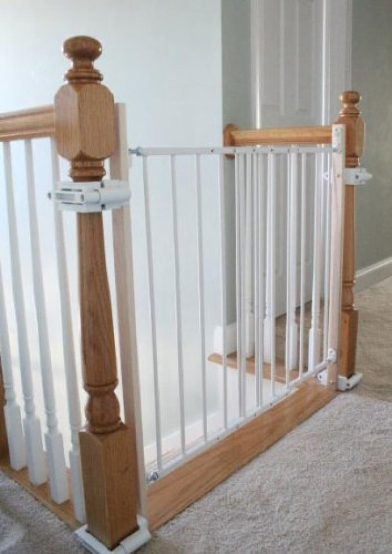 small-baby-gates-for-stairs-with-no-walls